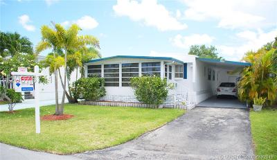Dania Beach Single Family Home For Sale: 3124 SW 58th Pl