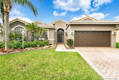 Pembroke Pines Single Family Home Active Under Contract