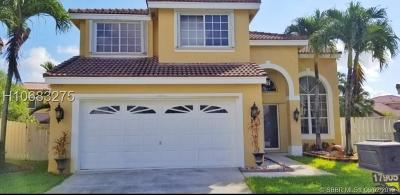 Pembroke Pines Single Family Home For Sale: 17905 SW 13th Ct