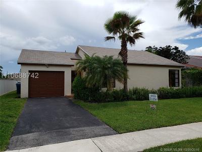Weston Single Family Home For Sale: 16721 SW 5th Ct