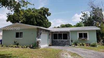 Hollywood Single Family Home For Sale: 7231 Cleveland St