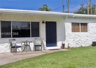 Dania Beach Single Family Home For Sale: 4942 SW 24th Ave