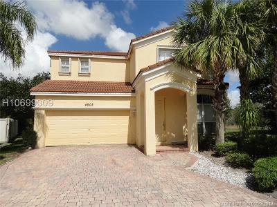 Miramar Single Family Home For Sale: 4802 SW 157th Way