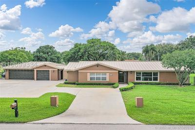 Davie Single Family Home For Sale: 2800 SW 156th Ave
