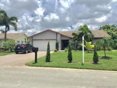 Tamarac Single Family Home For Sale: 7012 NW 101