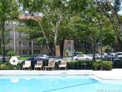 Pembroke Pines Condo/Townhouse Active Under Contract: 850 SW 133 Ter #207