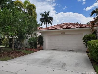 Weston Single Family Home For Sale: 16120 La Costa Dr