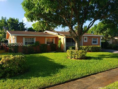Lauderhill Single Family Home For Sale: 4960 NW 13th Ct