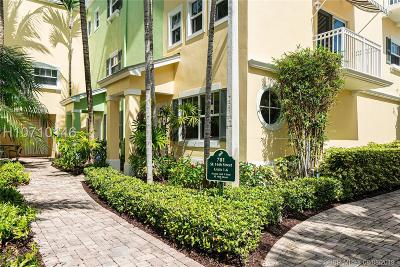 Fort Lauderdale Condo/Townhouse For Sale: 701 SE 16th St #4
