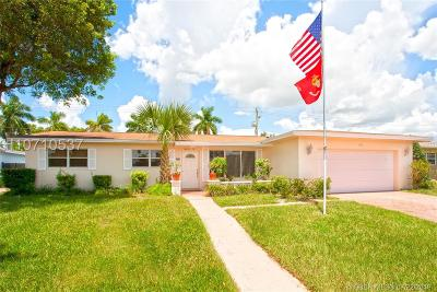 Pembroke Pines Single Family Home For Sale: 1810 NW 88 Way