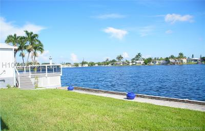 Dania Beach Single Family Home For Sale: 2948 SW 54th St