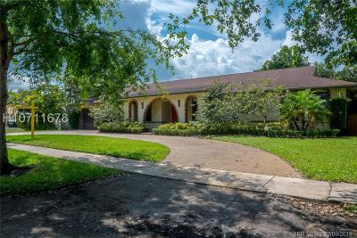 Plantation Single Family Home For Sale: 1701 SW 75th Ter
