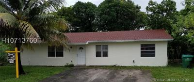 Miami Gardens Single Family Home For Sale: 3381 NW 194th Ter