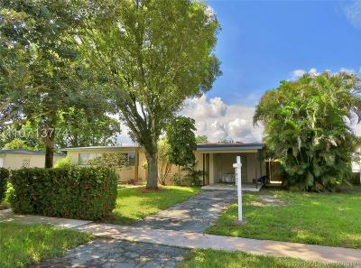 Plantation Single Family Home Active Under Contract: 6898 NW 14th Ct