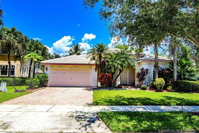 Pembroke Pines Single Family Home Active Under Contract: 16747 NW 10th St
