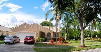 Pembroke Pines Single Family Home For Sale: 16309 SW 6th St