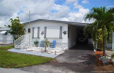 Dania Beach Single Family Home Active Under Contract: 3231 Royal Palm Ct