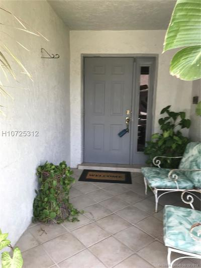 Pembroke Pines Single Family Home For Sale: 1120 SW 109th Ave