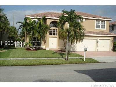 Miramar Single Family Home Active Under Contract: 3241 SW 173rd Te