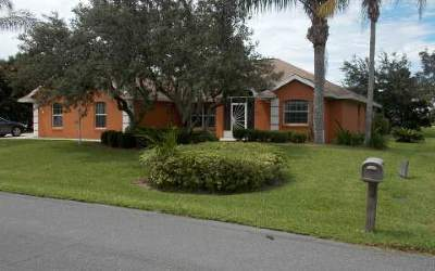 Single Family Home For Sale: 4640 Nadena Dr