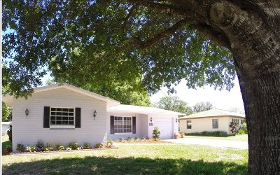 Lake Placid Single Family Home For Sale: 1551 Lake Clay Dr