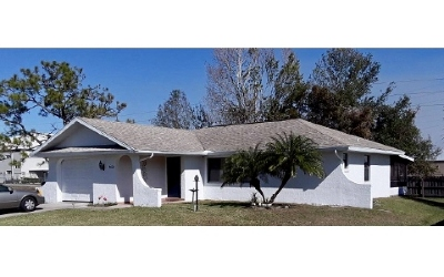 Single Family Home For Sale: 4626 Navarre Ave