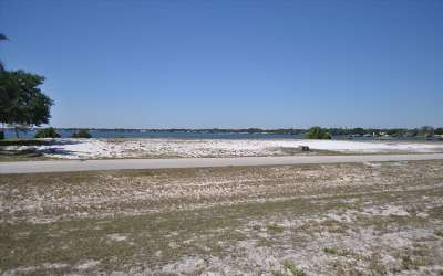 Highlands County Residential Lots & Land For Sale: 517 Sunset Pointe Dr