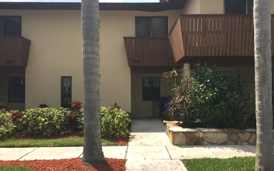 Sebring Condo/Townhouse For Sale: 3843 Edgewater Dr