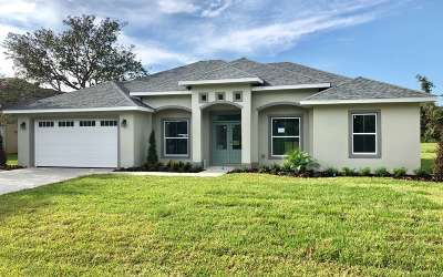 Sebring Single Family Home For Sale: 7043 Strafford Oaks Dr