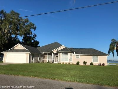 Highlands County Single Family Home For Sale: 1425 Lake Lotela Drive