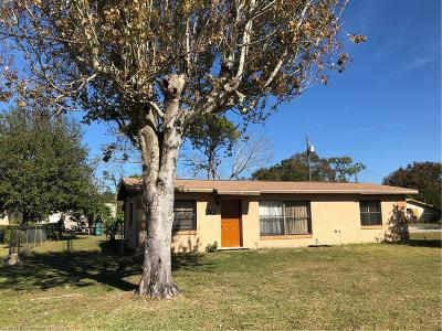 Sebring Single Family Home For Sale: 2102 Manatee Drive