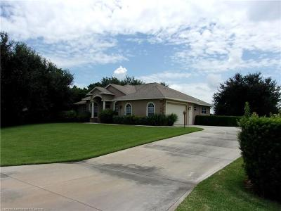 Highlands County Single Family Home For Sale: 577 Sunset Pointe Drive