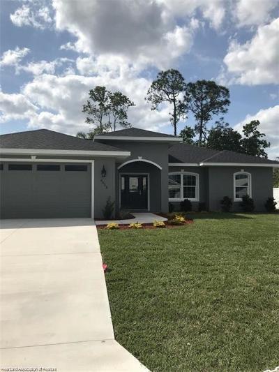 Avon Park, Lake Placid, Sebring Single Family Home For Sale: 158 Bougainvillea Street NE