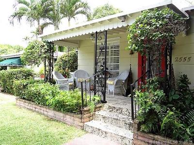 Coconut Grove Single Family Home For Sale: 2555 Overbrook St
