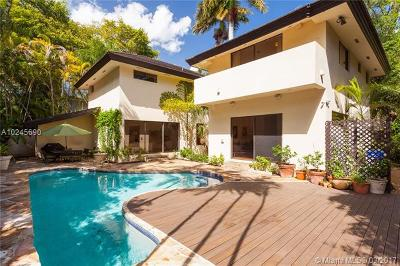 Coconut Grove Single Family Home For Sale: 3900 S Douglas Rd