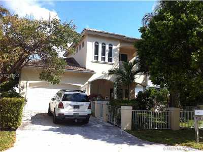 Pompano Beach Single Family Home For Sale: 3221 NE 5th St