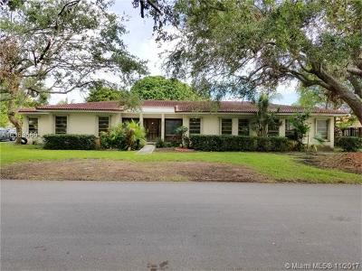 Miami FL Single Family Home For Sale: $567,000