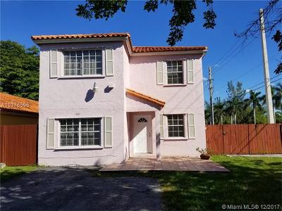 Miami FL Single Family Home For Sale: $289,900