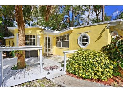 Coconut Grove Single Family Home For Sale: 3841 Kumquat Ave