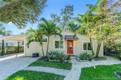 Coconut Grove Single Family Home For Sale: 2458 Tequesta Ln