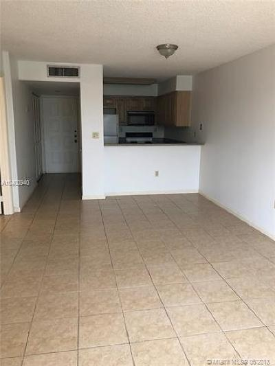 Coral Gables Condo/Townhouse For Sale: 1280 S Alhambra Cir #1215