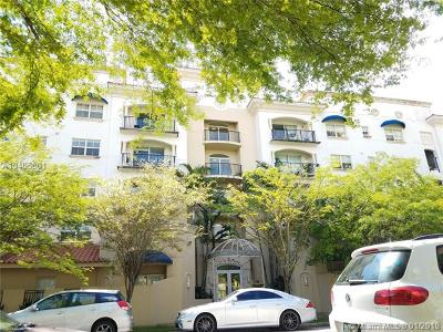 Coral Gables Condo/Townhouse For Sale: 118 Zamora Ave #307