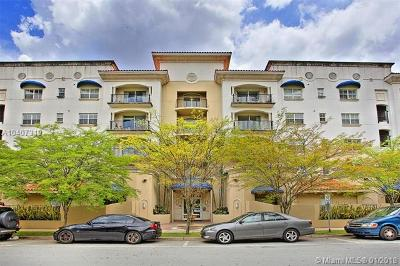 Coral Gables Condo/Townhouse For Sale: 118 Zamora Ave #502