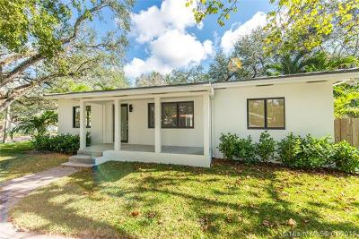 Coconut Grove Single Family Home For Sale: 3651 S Le Jeune Rd