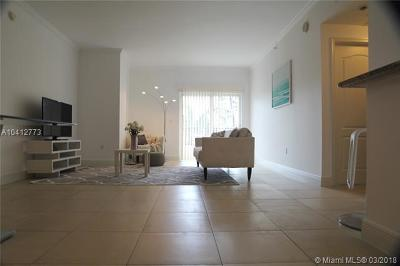 Coral Gables Condo/Townhouse For Sale: 20 Calabria Ave #201