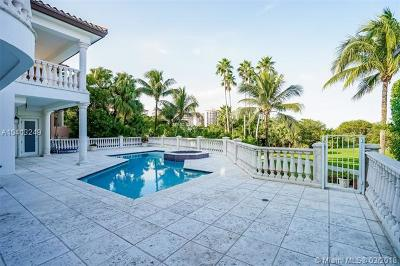 Coral Gables Single Family Home For Sale: 13663 Deering Bay Dr