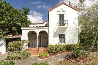 Coral Gables Single Family Home For Sale: 407 Alhambra Cir