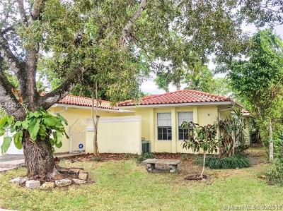 Coral Gables Single Family Home For Sale: 2440 Madrid St