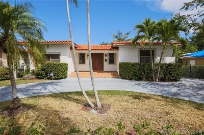 Coral Gables Single Family Home For Sale: 29 Santander Ave