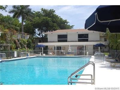 South Miami Condo/Townhouse For Sale: 7885 SW 57th Ave #36D